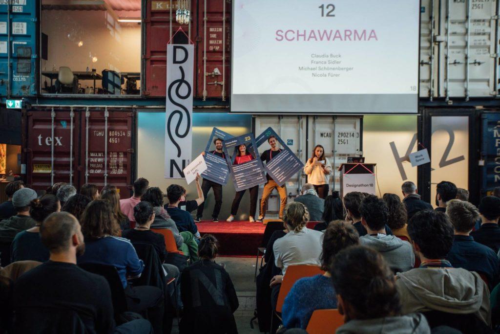 An der Pitch-Präsentation am Designathon wurden auch einmal Personas lebendig (Bild: Designathon)